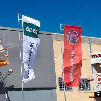 Banderas para concesionario Jaracar de Solera Motor